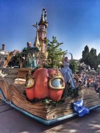 Disneyland Paris parade