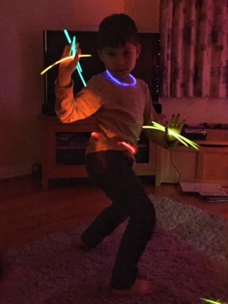 toby-glow-stick-disco
