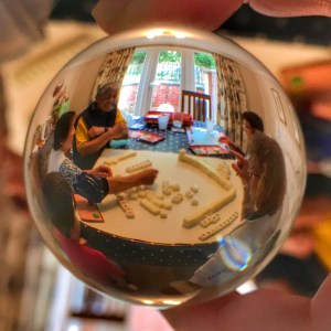 Lensball mahjong game