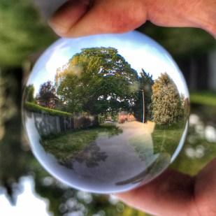 Lensball footpath