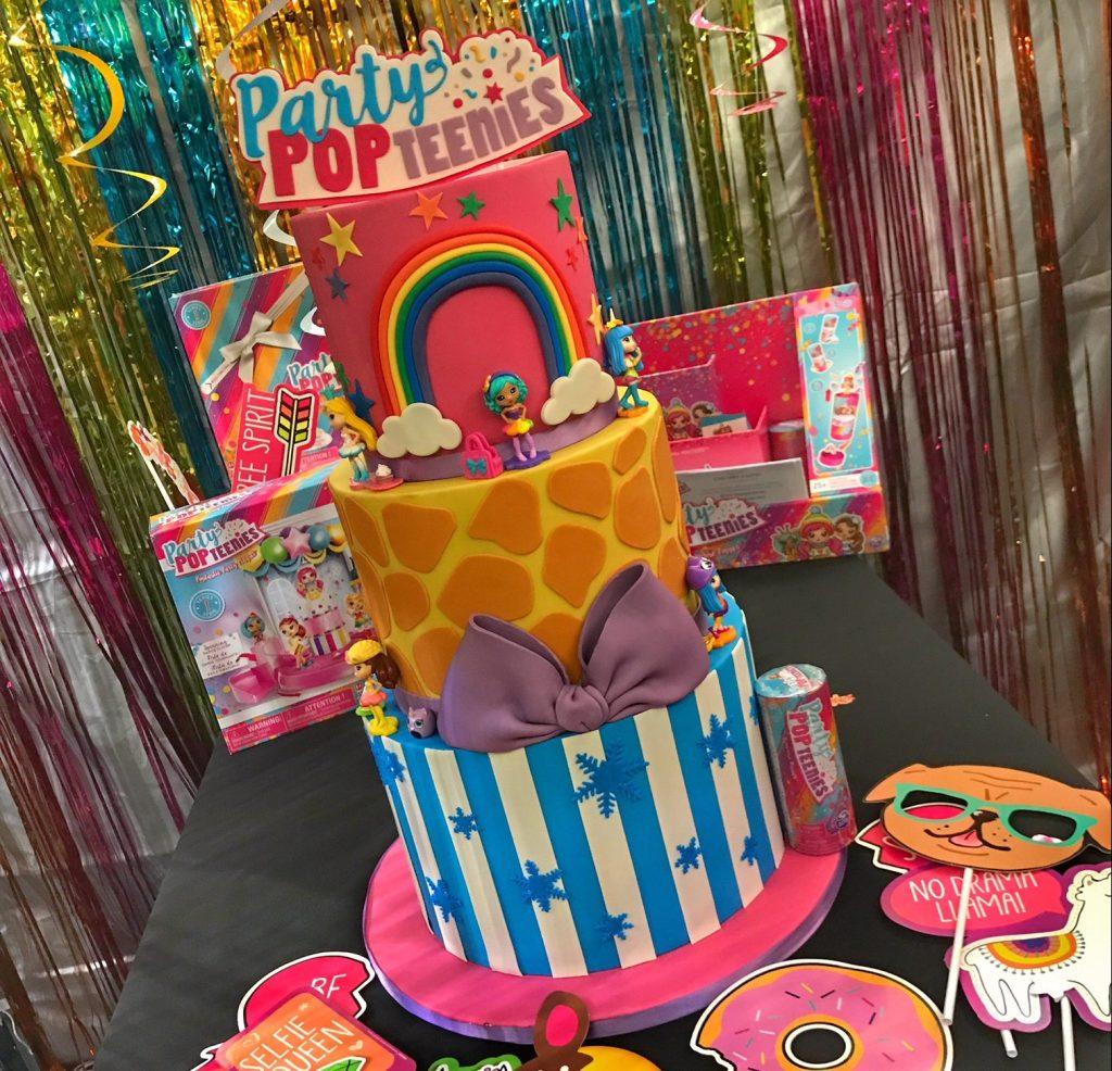 BlogOn cake BlogOnToys conference