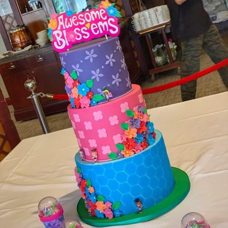 BlogOnToys 2019 cake