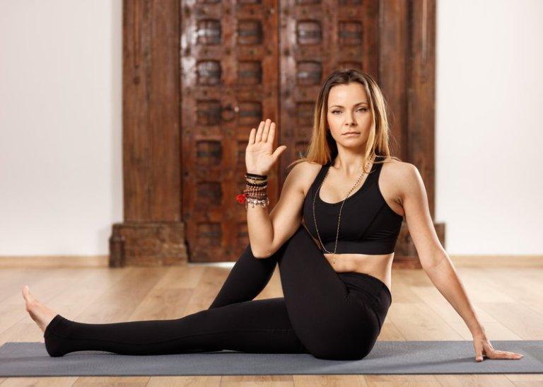 3 joga vaje za razstrupitev (in pomladitev) telesa