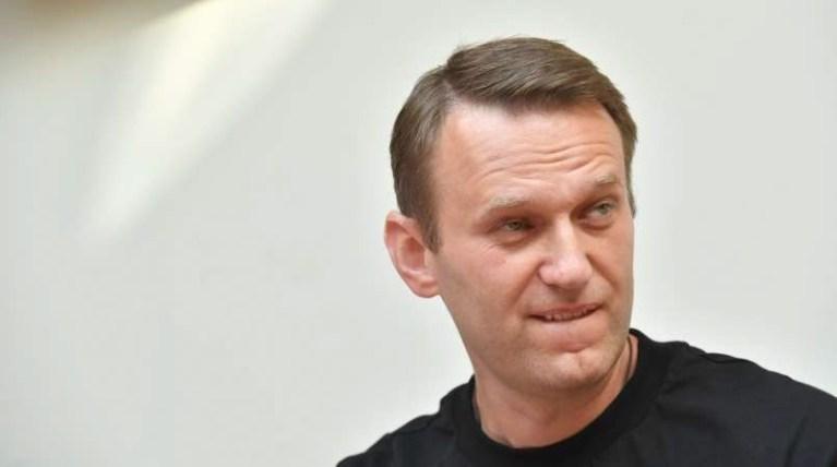 Navalni v Rusiji ostal brez premoženja