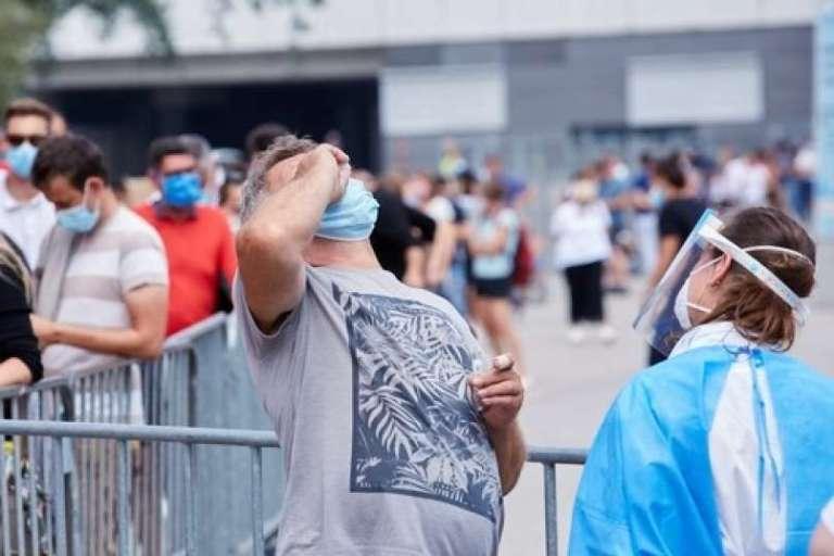 Samo na Dunaju več kot 400 novih okužb