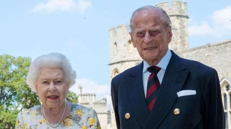 Je princ Filip res trpel s kraljico ?