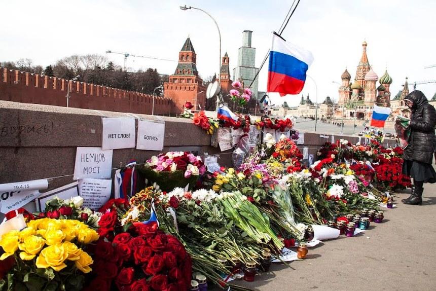 Немцов мост2