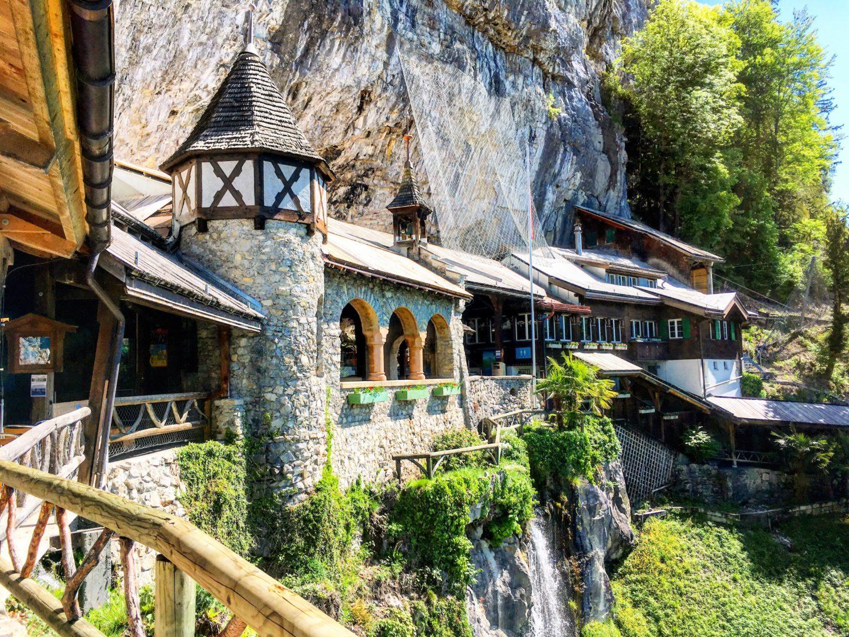 St Saint Beatus Caves Grottes