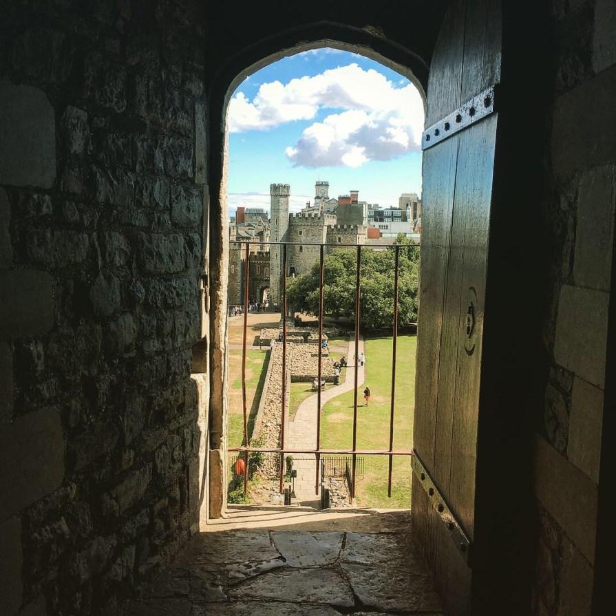 Cardiff Castle Chateau Porte Vue Pays de Galles