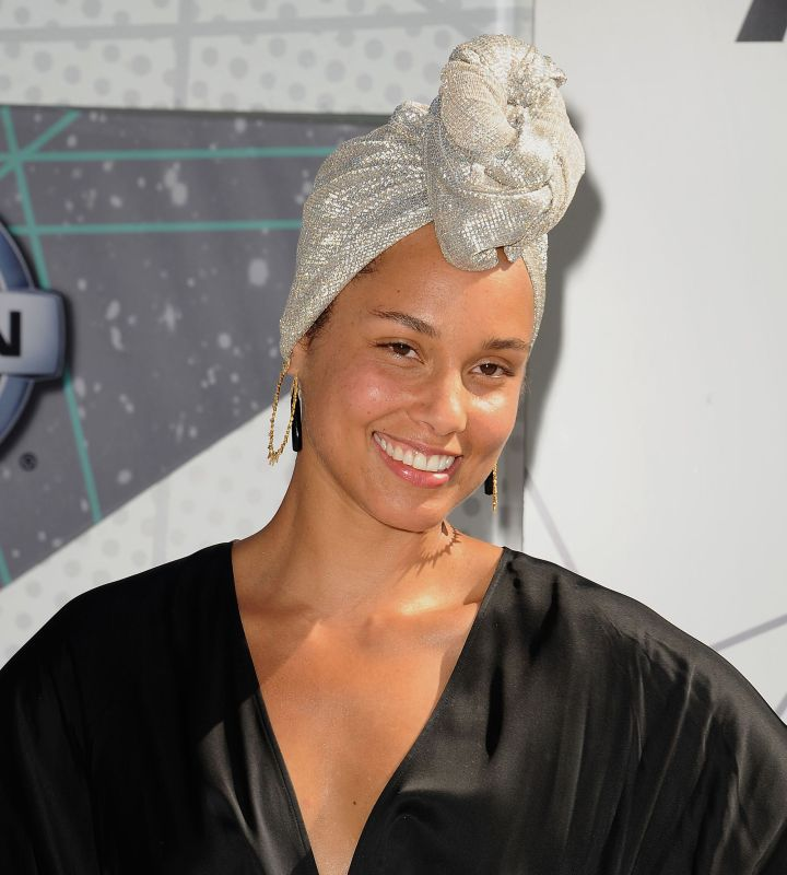 Alicia Keys - no makeup