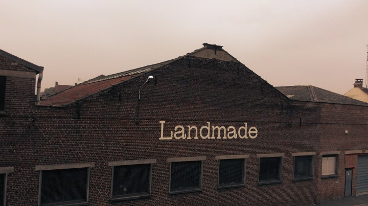 Landmade showroom