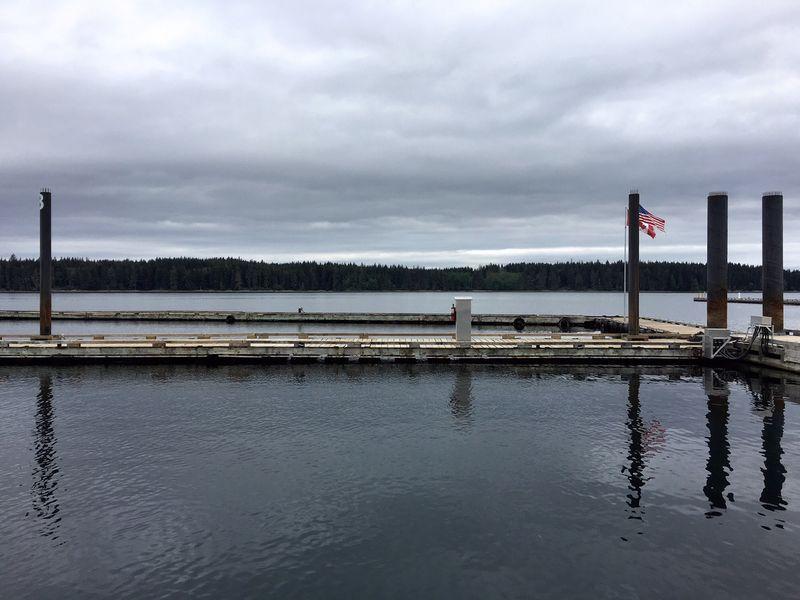 Port McNeill, empty docks