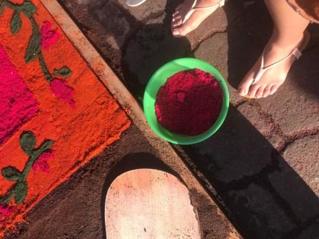 sawdust bucket