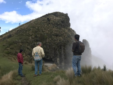 quilotoa cave hike.JPG