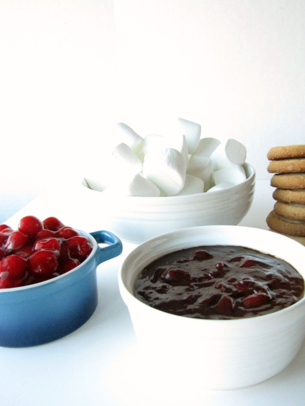 Slow Cooker Chocolate Cherry Fondue