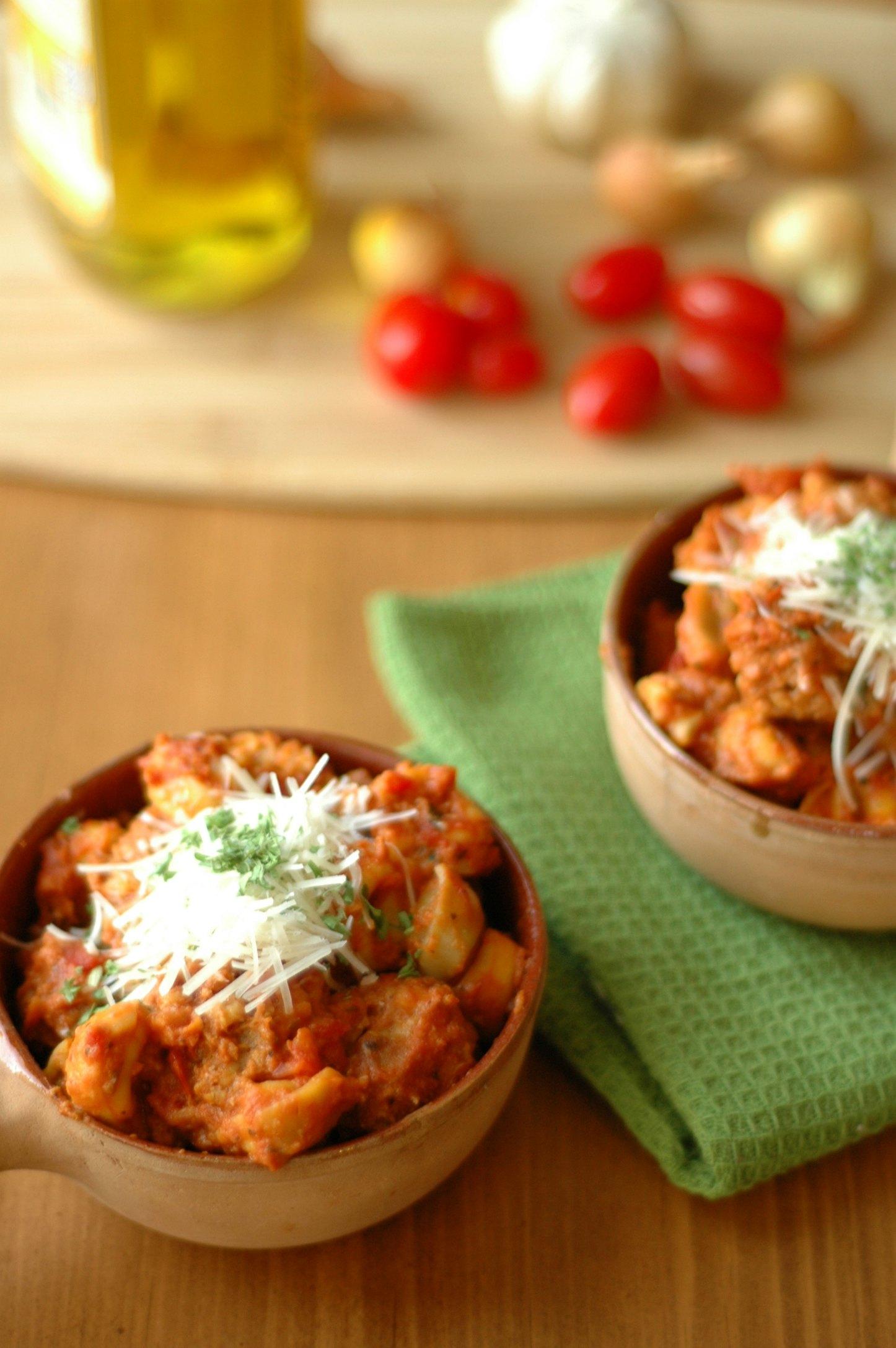 Slow Cooker Tortellini and MIni Meatballs in Tomato Cream Sauce