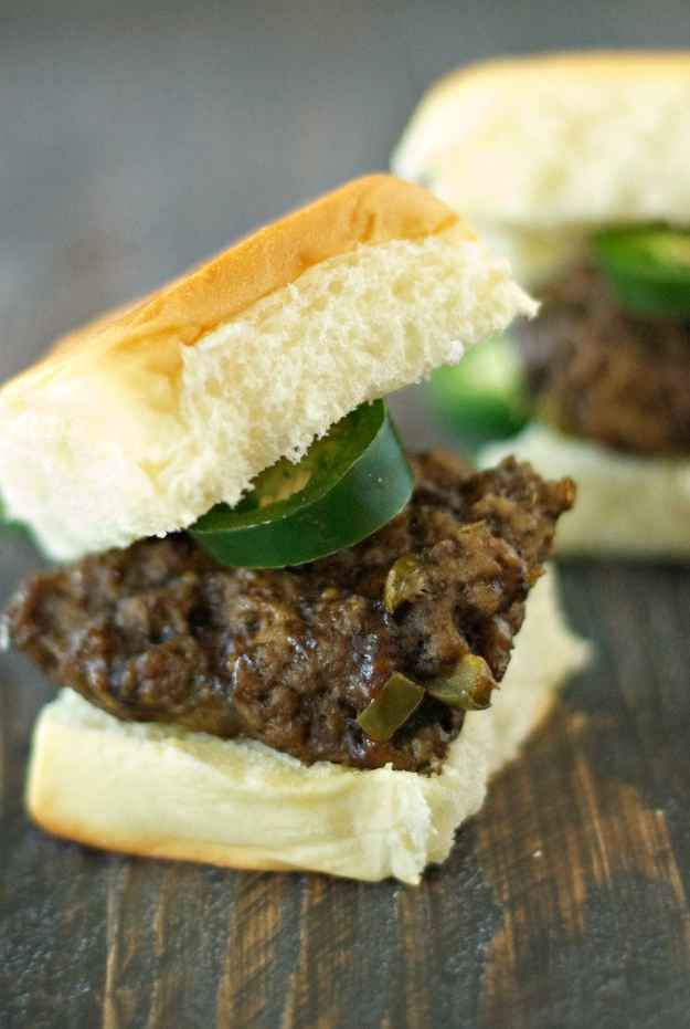Slow Cooker Jalapeno and Cheddar Sliders