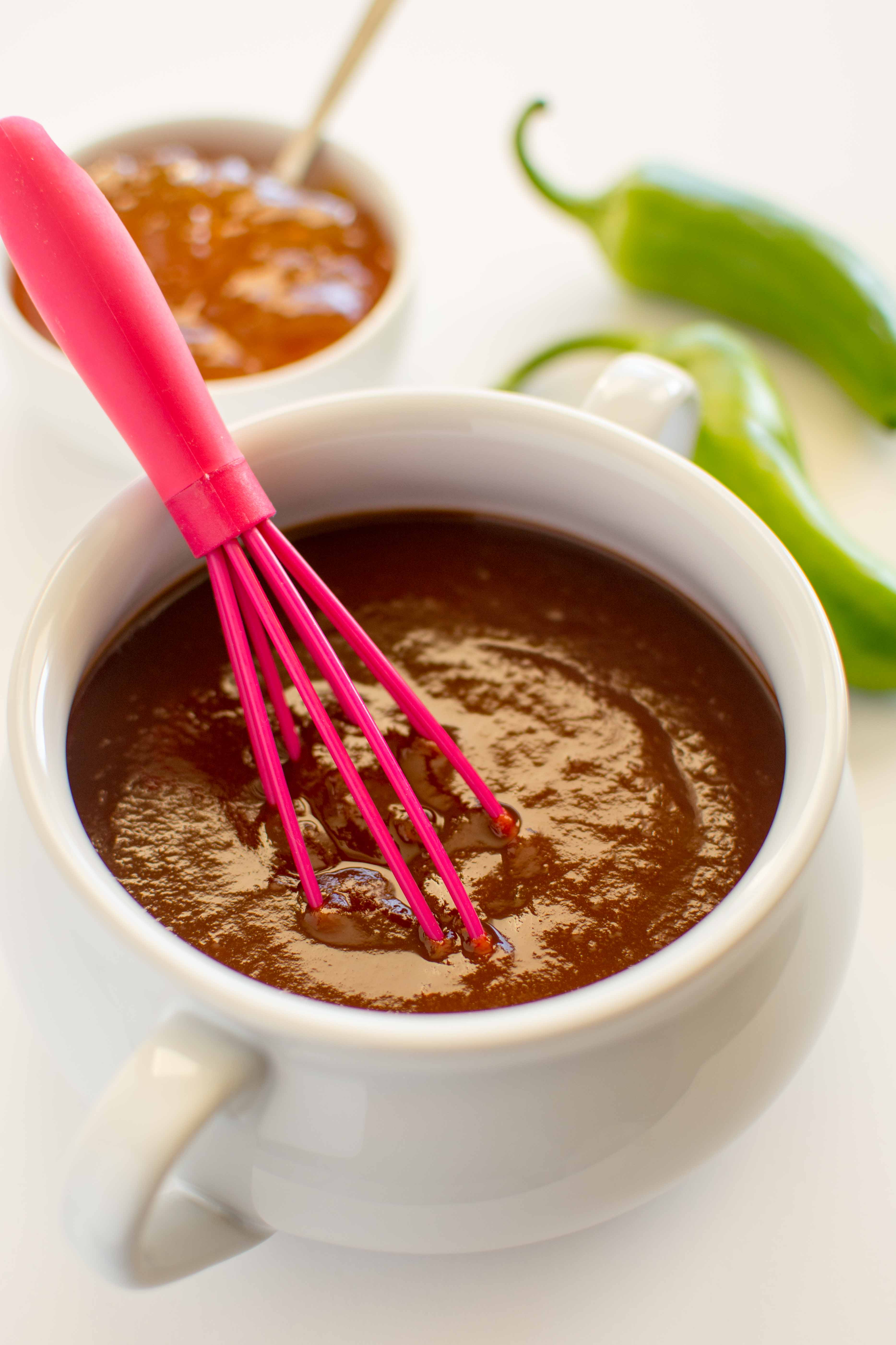 Slow Cooker Jalapeno Peach BBQ Sauce