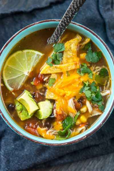 Slow Cooker Chipotle Chicken Tortilla Soup