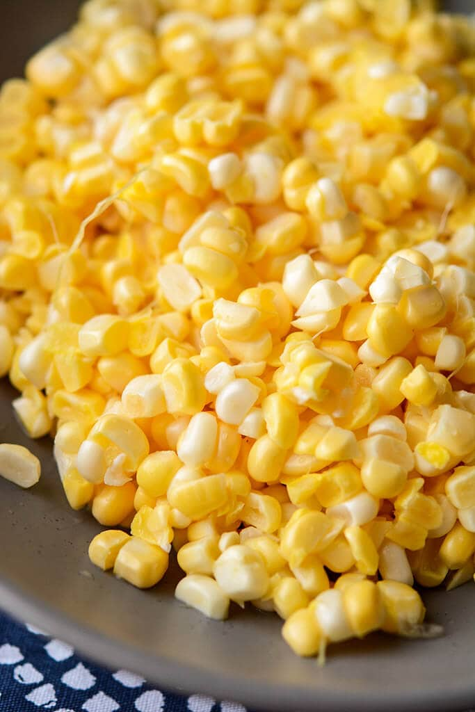 Corn kernels cut off the cob - Slow Cooker Chicken Pasta with Corn and Goat Cheese