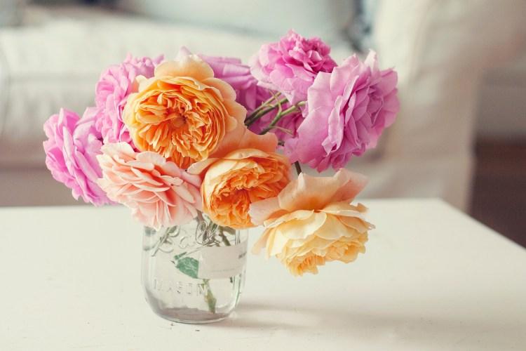 Jak podarować kwiaty, by wszystko stało się jasne?