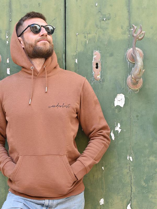 nachhaltiger-pullover-hoodie-wanderlust-3-slowli
