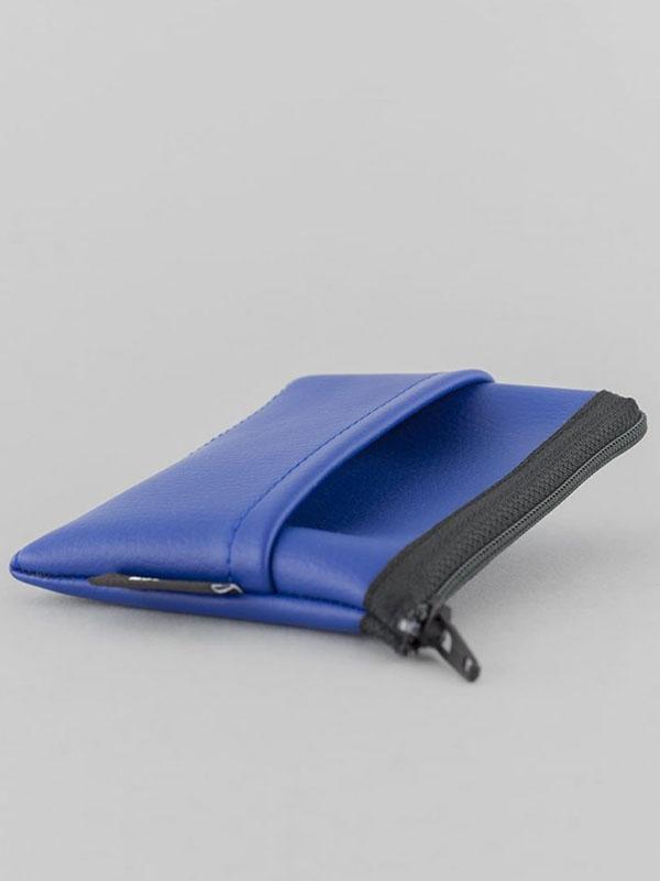 wetheknot-nachhaltig-vegan-leder-cardholder-portmonee-geldboerse-blau-3-slowli