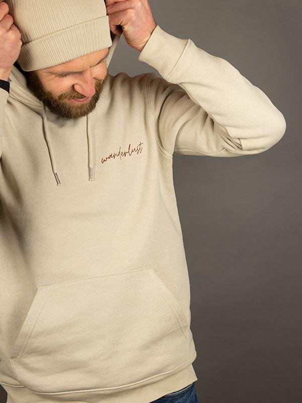 nachhaltiger-hoodie-wanderlust-beige-slowli_5