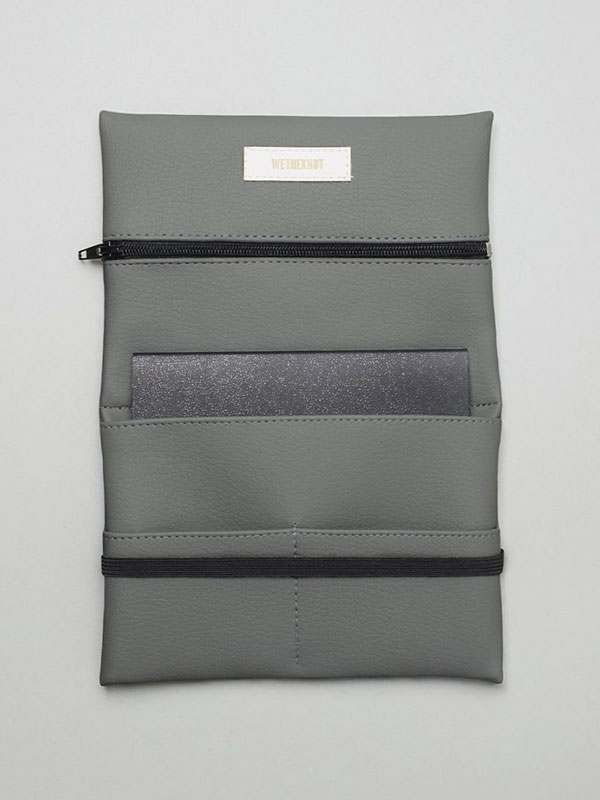 wetheknot-essential-pouch-darkgrey-vegan-leather-2_slowli