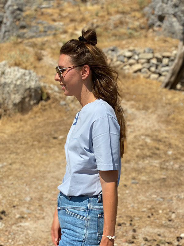 nachhaltiges-bio-baumwoll-shirt-minimalist-oversize-blau-slowli_3