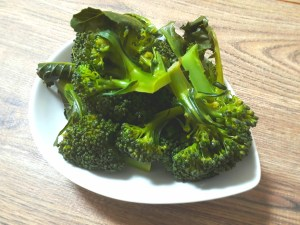 蒸し煮ブロッコリー