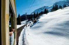 Train_Murren_alps_switzerland