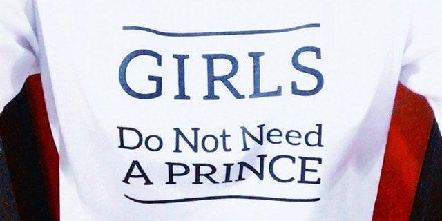 """""""소녀는 왕자가 필요하지 않다"""""""