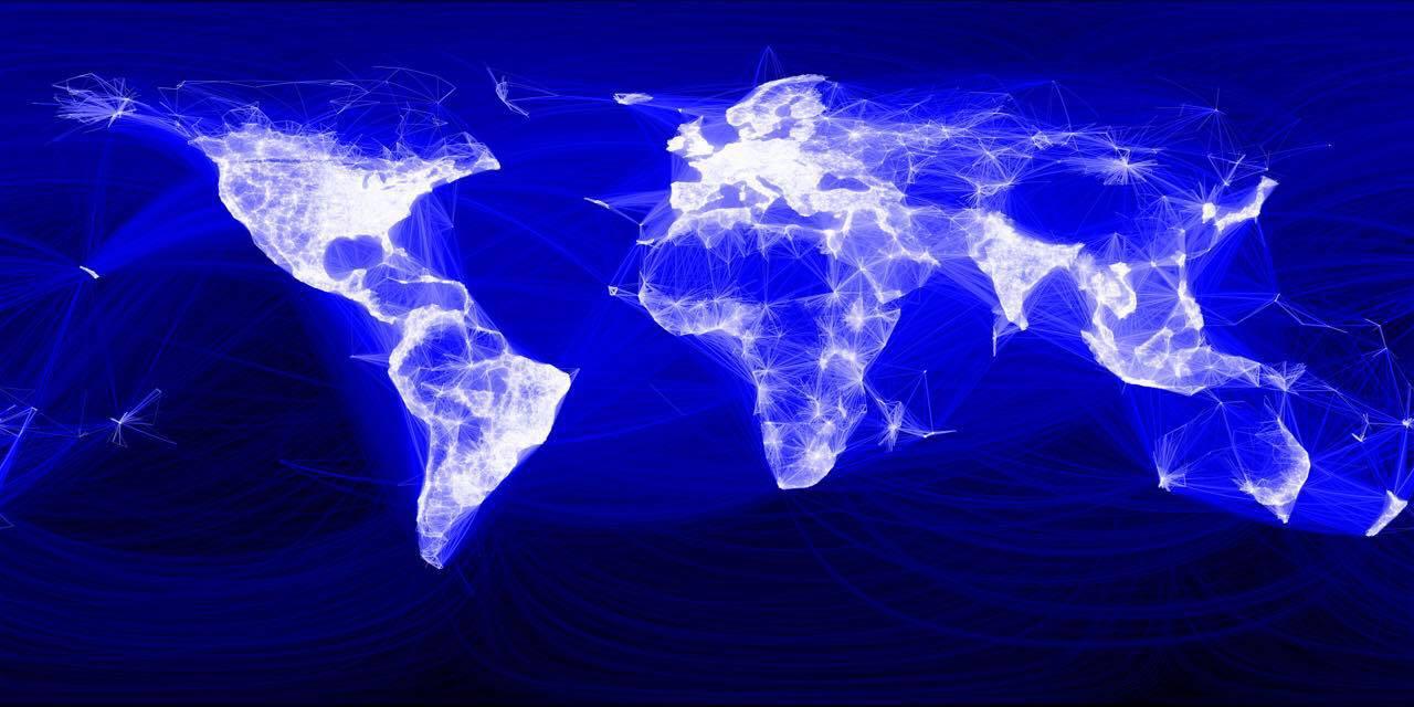 주커버그는 2017년 6월 27일 페이스북 월 활동사용자 수가 20억 명을 돌파했다고 밝혔다. (참조: 블로터) http://www.bloter.net/archives/283693