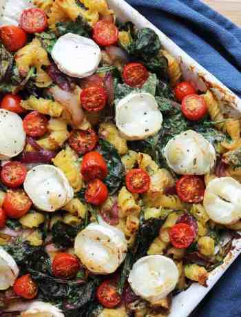 looking for some tasty comfort food? This cheesy vegetarian pasta bake is packed full of flavour and sure to hit the right spot! Easy to make and the leftovers taste even better!