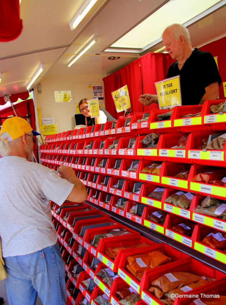 Ösmo marknad - Photo by Germaine Thomas