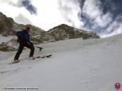 Doskové lavíny sa uvoľňovali aj prenosom napätia na ďiaľku, Smutná dolina, Západné Tatry, 20. január 2016