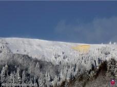 Malá dosková kavína na južnom svahu Zvolena nad Donovalmi sa uvoľnila po tom, ako pod prevej nalyžoval skialpinista, Veľká Fatra, 18. január 2016