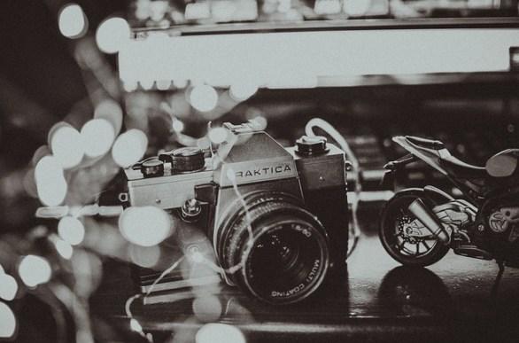 52e3d74a4a54a514f6da8c7dda793278143fdef85254774f742d72d2914c 640 - Darkroom Secrets: Proper Photography Techniques For Amateurs