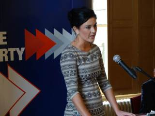 Julie-Ann Corr successfully proposing Equal Marriage policy to PUP conference