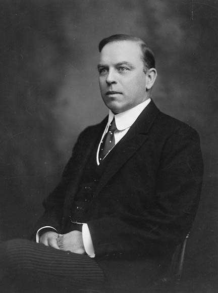 Mackenzie King (1874-1950), Canadian Prime Minister 1921-6, 1926-30, 1935-48