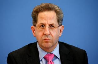 """Hans-Georg Maassen, """"This could happen again next year and we are alarmed, We have the impression that this is part of a hybrid threat that seeks to influence public opinion and decision-making processes. - Maassen on Russian influence"""" Berlin, Germany, June 28, 2016.    REUTERS/Fabrizio Bensch"""