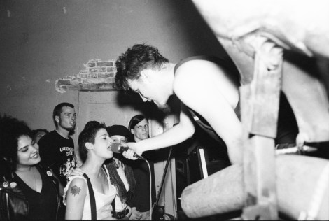 Carla Bozulich adds her vocals to the mix as Robert Hammer watches. (Jabberjaw - Sept 1, 1991)