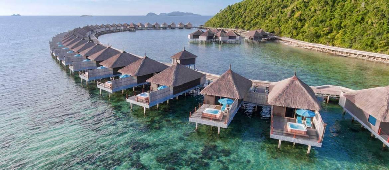 Huma Island villas on stilts