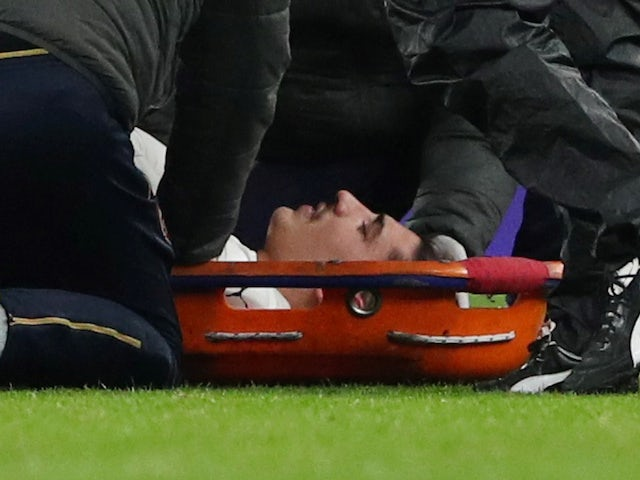 Arsenal's Hector Bellerin is stretchered off on January 19, 2019