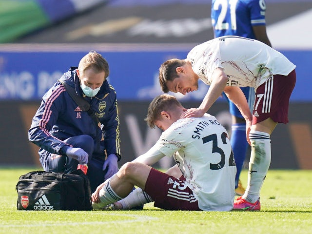 Arsenal's Emile Smith Rowe goes down injured against Leicester City in the Premier League on February 28, 2021