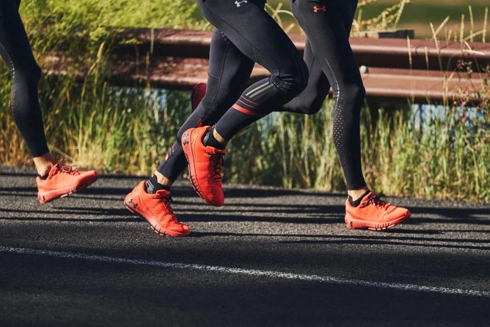 Abbiamo provato le Under Armour Machina, le scarpe connesse che ti dicono come corri