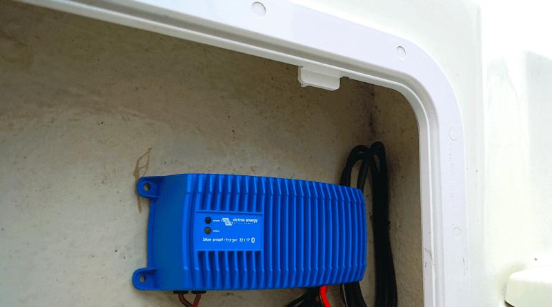 """""""Smart"""" opladning af bådens batterier"""