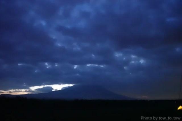 ふもとっぱら ソロキャンプ  富士山夜明け
