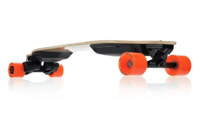 Amazon Startups Product - Boosted Dual+ 2000W Electric Skateboard